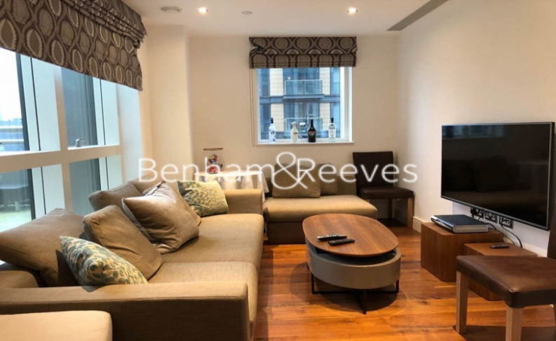 2 bedroom(s) flat to rent in Jackson Tower, Lincoln Plaza, E14-image 1