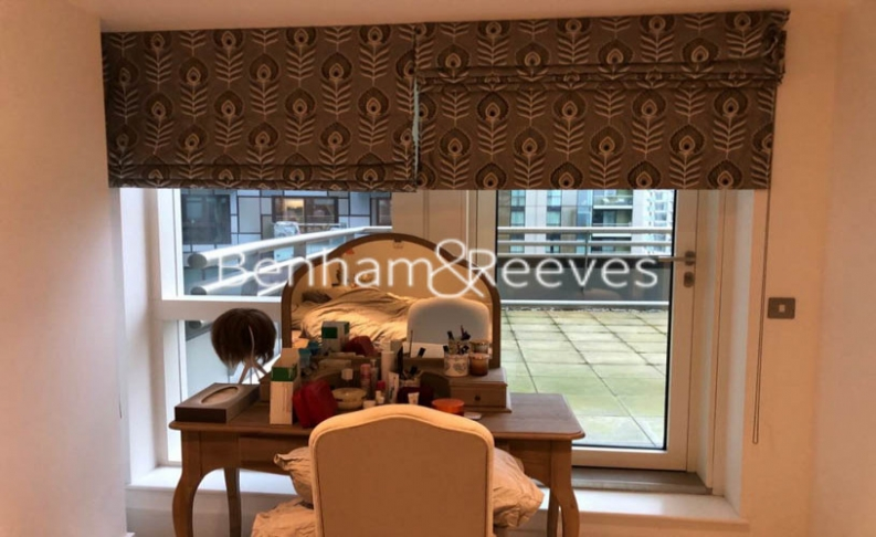 2 bedroom(s) flat to rent in Jackson Tower, Lincoln Plaza, E14-image 4