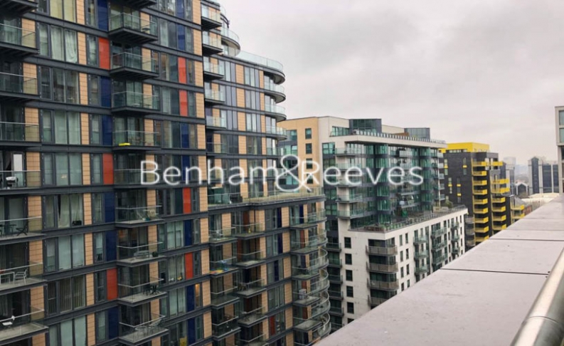 2 bedroom(s) flat to rent in Jackson Tower, Lincoln Plaza, E14-image 12