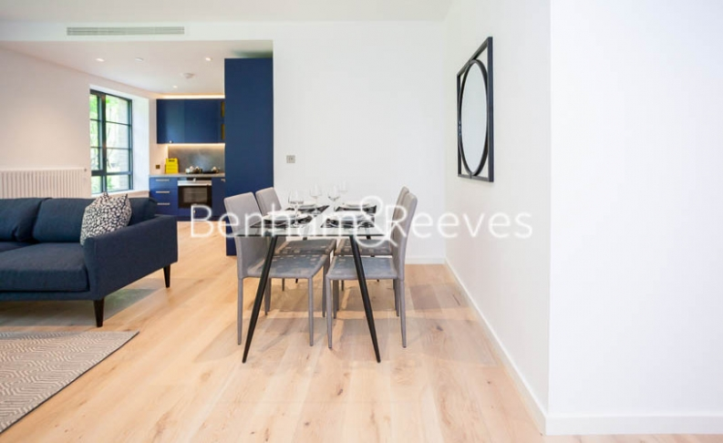 1 bedroom(s) flat to rent in GoodLuck Hope, Canary Wharf, E14-image 3
