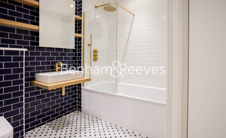 1 bedroom(s) flat to rent in GoodLuck Hope, Canary Wharf, E14-image 8