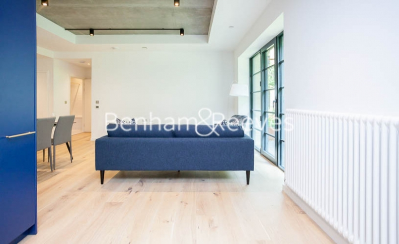 1 bedroom(s) flat to rent in GoodLuck Hope, Canary Wharf, E14-image 12