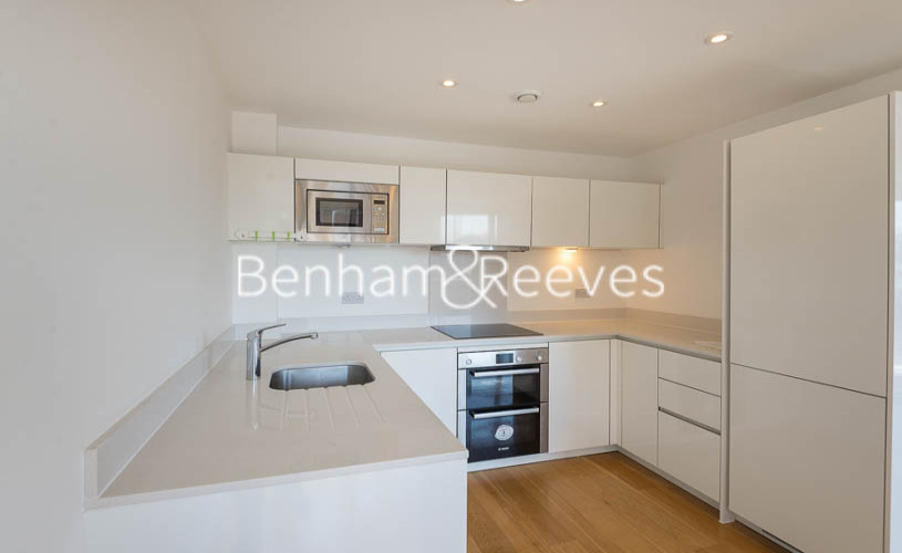 2 bedroom(s) flat to rent in Caspian Wharf, Canary Wharf, E3-image 2