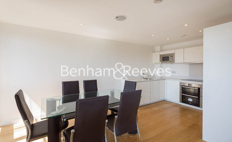 2 bedroom(s) flat to rent in Caspian Wharf, Canary Wharf, E3-image 3