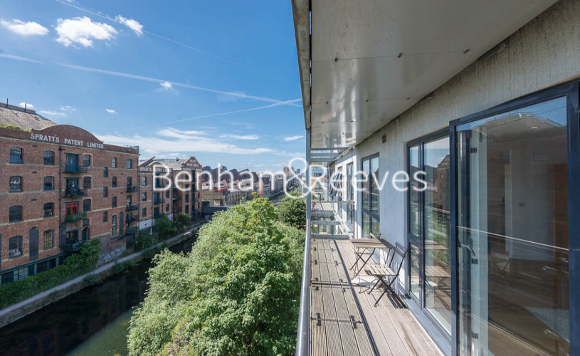 2 bedroom(s) flat to rent in Caspian Wharf, Canary Wharf, E3-image 11