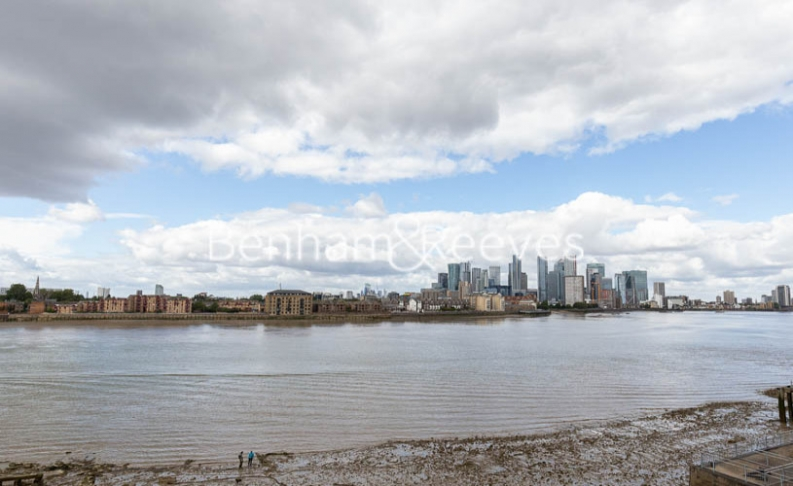 3 bedroom(s) flat to rent in Gordian Apartments, Cable Walk, SE10-image 20