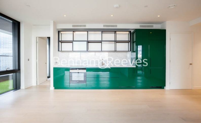 2 bedroom(s) flat to rent in Bagshaw Tower, Wardian Canary Wharf, E14-image 2