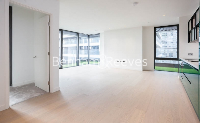 2 bedroom(s) flat to rent in Bagshaw Tower, Wardian Canary Wharf, E14-image 16