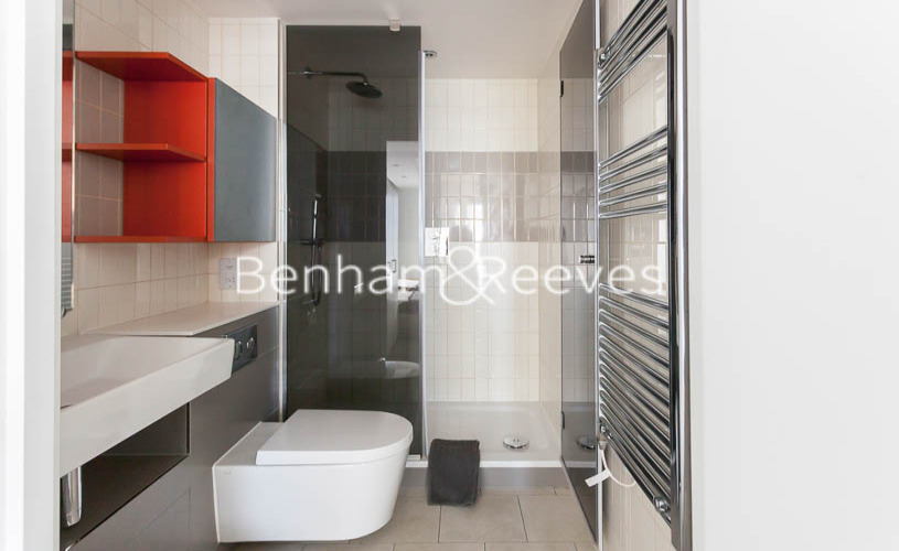 2 bedroom(s) flat to rent in 3 Tidal Basin Road, Canary Wharf, E16-image 6