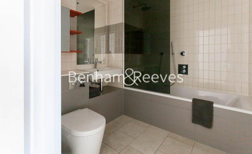 2 bedroom(s) flat to rent in 3 Tidal Basin Road, Canary Wharf, E16-image 13