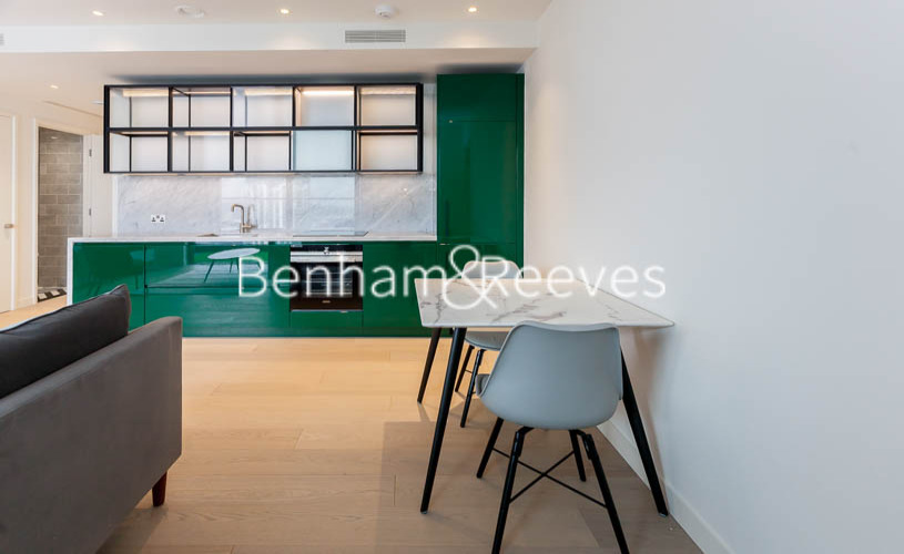 1 bedroom(s) flat to rent in Hobart Building, Wards Place E14-image 3