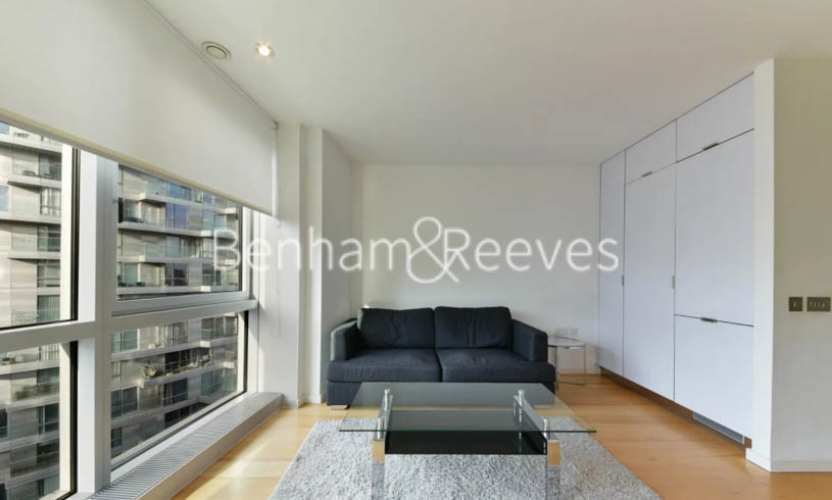 Studio flat to rent in Ontario Tower, Canary Wharf, E14-image 5