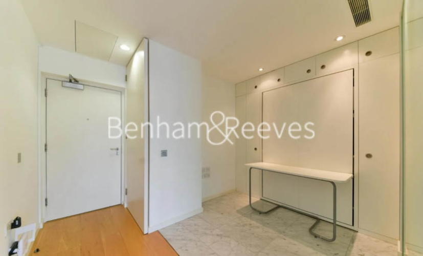 Studio flat to rent in Ontario Tower, Canary Wharf, E14-image 7