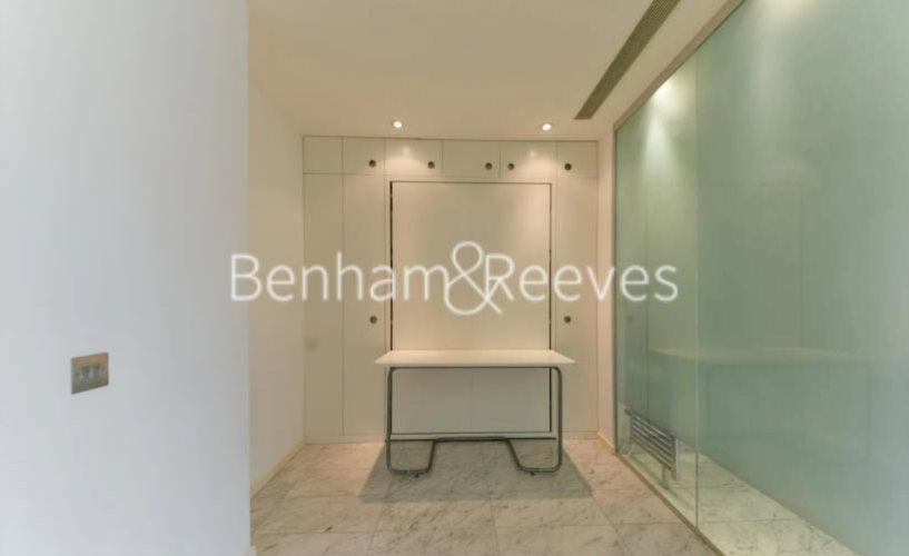 Studio flat to rent in Ontario Tower, Canary Wharf, E14-image 11