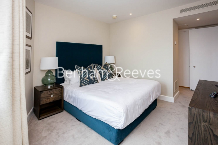 1 bedroom(s) flat to rent in Westferry Circus, Canary Wharf, E14-image 3