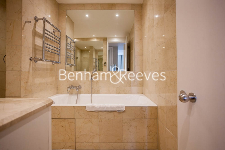 1 bedroom(s) flat to rent in Westferry Circus, Canary Wharf, E14-image 4