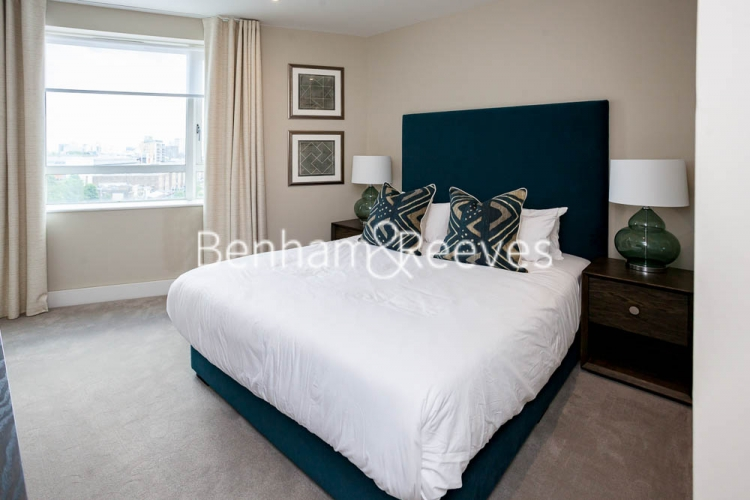 1 bedroom(s) flat to rent in Westferry Circus, Canary Wharf, E14-image 8