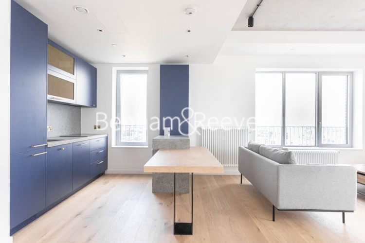 1 bedroom(s) flat to rent in Serapis house, Good Luck Hope, E14-image 8