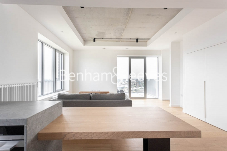 1 bedroom(s) flat to rent in Serapis house, Good Luck Hope, E14-image 17