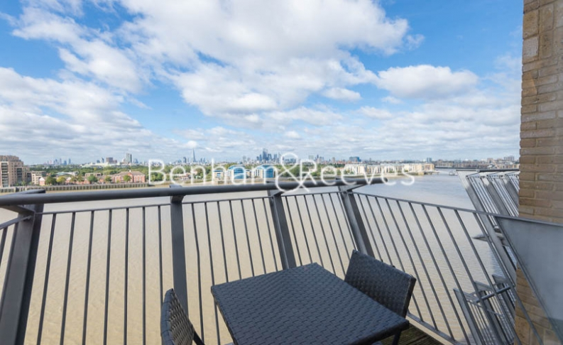 2 bedroom(s) flat to rent in Naxos Building, Canary Wharf, E14-image 6