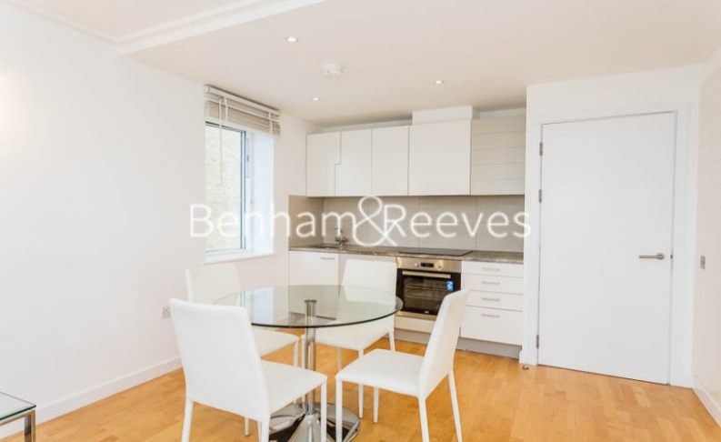 1 bedroom(s) flat to rent in Hutchings Street, Canary Wharf, E14-image 3