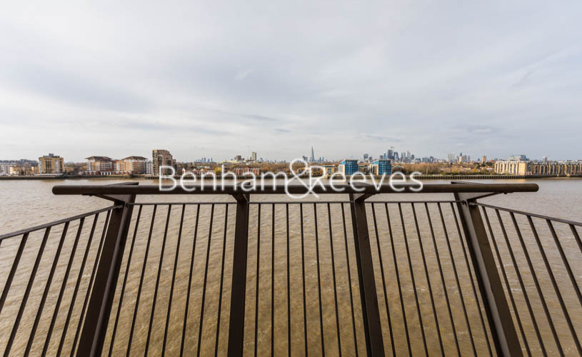 1 bedroom(s) flat to rent in Hutchings Street, Canary Wharf, E14-image 5