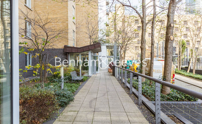 1 bedroom(s) flat to rent in Hutchings Street, Canary Wharf, E14-image 11