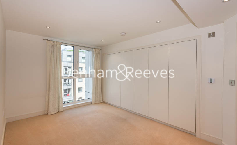 3 bedroom(s) flat to rent in Lensbury Avenue, Fulham, SW6-image 3