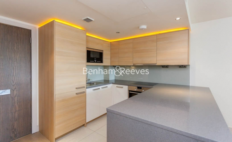 Studio flat to rent in Octavia House, Imperial Wharf, SW6-image 2