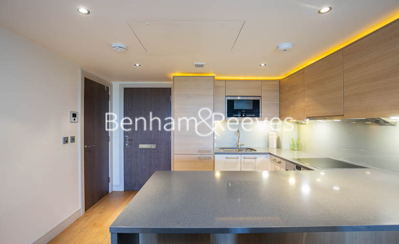 Studio flat to rent in Townmead Road, Fulham, SW6-image 9