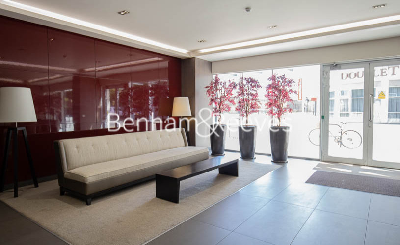 Studio flat to rent in Townmead Road, Fulham, SW6-image 12