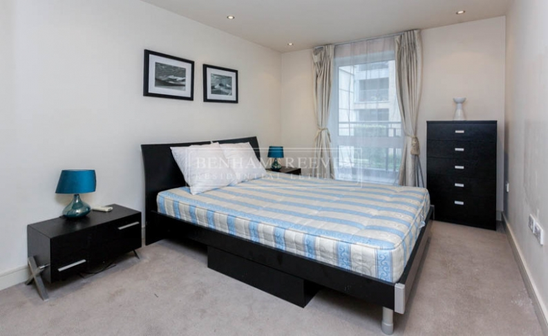 1 bedroom(s) flat to rent in Chelsea Creek, Fulham, SW6-image 5