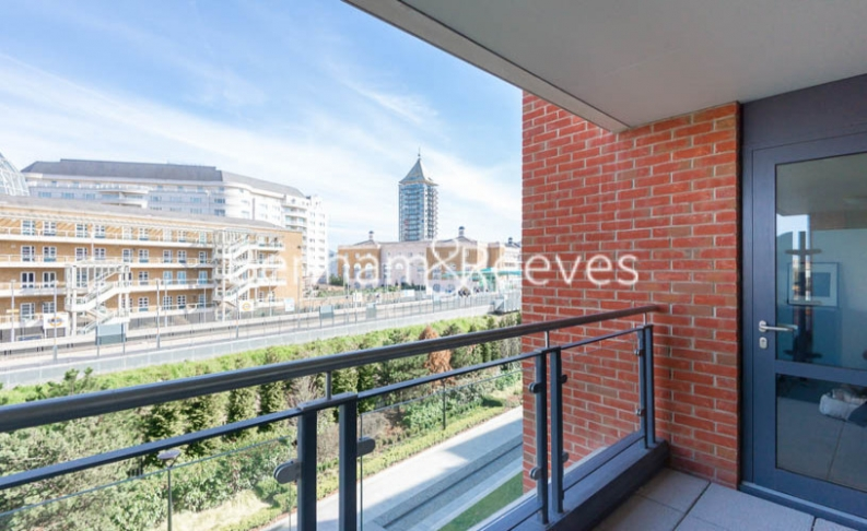 1 bedroom(s) flat to rent in Doulton House, Chelsea Creek, Park Street, SW6-image 5