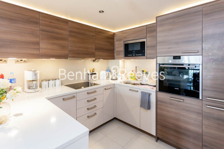 1 bedroom(s) flat to rent in Chelsea Creek, Fulham, SW6-image 2