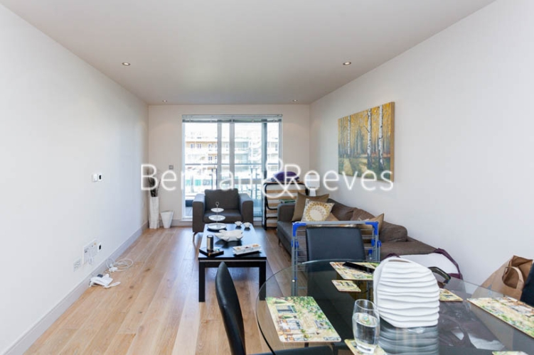 1 bedroom(s) flat to rent in Chelsea Creek, Fulham, SW6-image 3