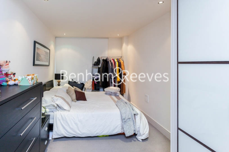 1 bedroom(s) flat to rent in Chelsea Creek, Fulham, SW6-image 4