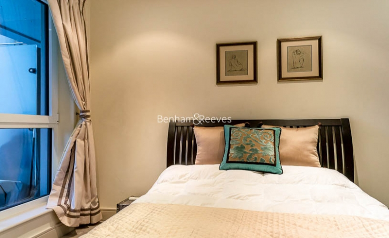 Studio flat to rent in Townmead Road, Fulham, SW6-image 3
