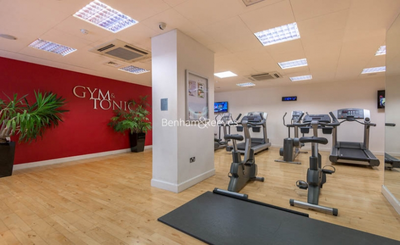 Studio flat to rent in Townmead Road, Fulham, SW6-image 8