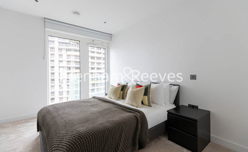 2 bedroom(s) flat to rent in Doulton House,Chelsea Creek,SW6-image 3