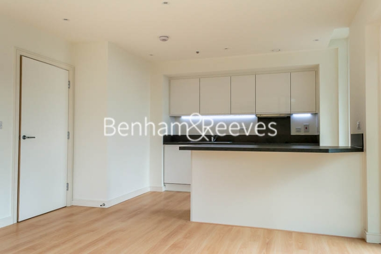 1 bedroom(s) flat to rent in Enterprise Way, Imperial Wharf, SW18-image 2