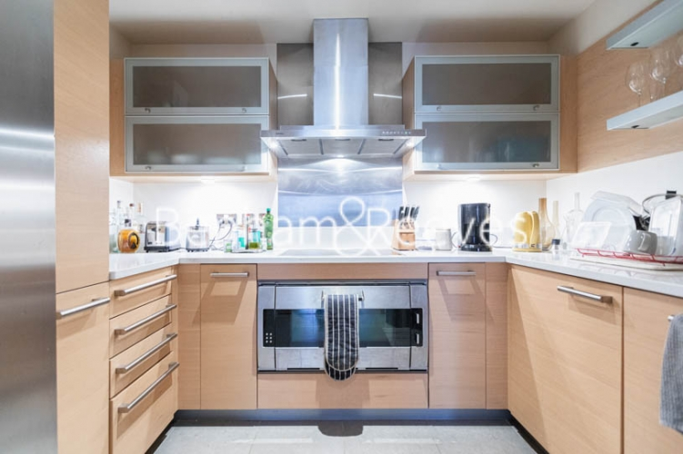 2 bedroom(s) flat to rent in Lensbury Avenue, Imperial Wharf, SW6-image 11