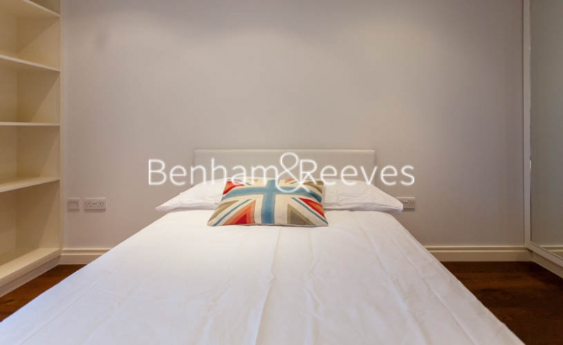 2 bedroom(s) flat to rent in Lensbury Avenue, Fulham, SW6-image 20