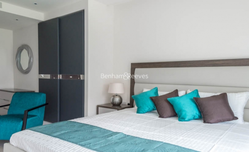 2 bedroom(s) flat to rent in Thurstan Street, Chelsea Creek, SW6-image 9