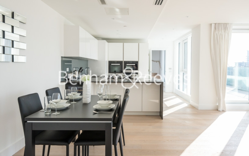 3 bedroom(s) flat to rent in Central Avenue, Fulham, SW6-image 2