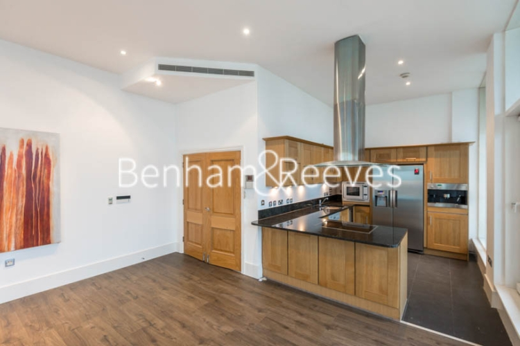 3 bedroom(s) flat to rent in The Boulevard, Fulham, SW6-image 2