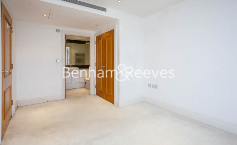 2 bedroom(s) flat to rent in Chelsea Vista, The Boulevard Fulham, SW6-image 3
