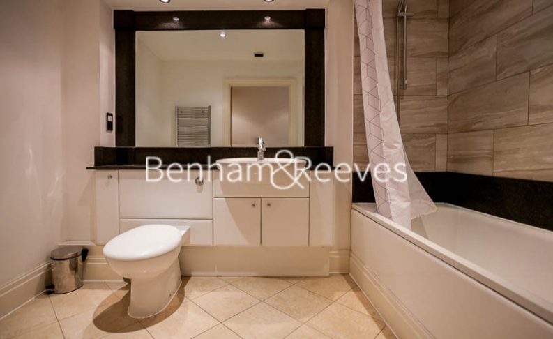 2 bedroom(s) flat to rent in Chelsea Vista, The Boulevard Fulham, SW6-image 14