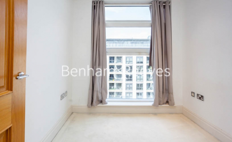 2 bedroom(s) flat to rent in Chelsea Vista, The Boulevard Fulham, SW6-image 18