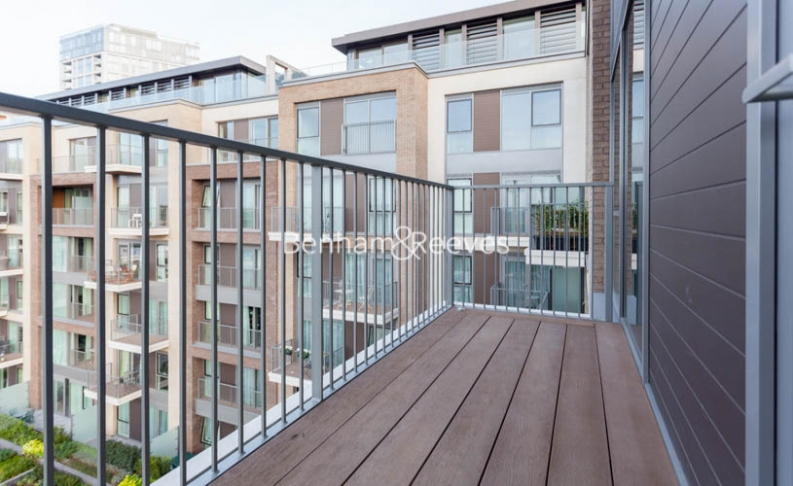2 bedroom(s) flat to rent in Lockside House, Imperial Wharf, SW6-image 5