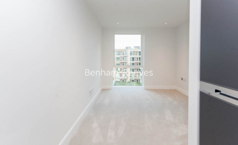 2 bedroom(s) flat to rent in Lockside House, Imperial Wharf, SW6-image 7